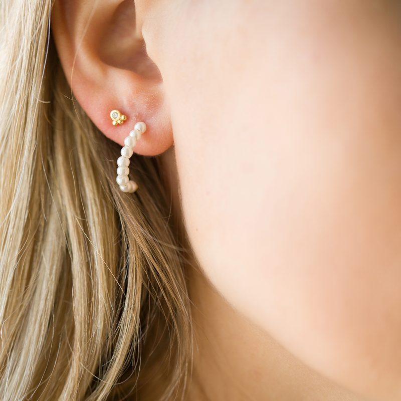 The Patti Pearl Hoops & Kalinda Earring In Yellow Gold